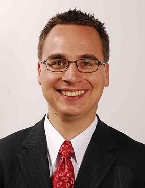 Dr. Soós Gábor, Főorvos, dento-alveolaris sebész szakorvos, gyermekfogszakorvos