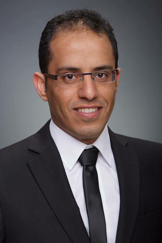 Dr.Mohammed Ryad, Fogorvos